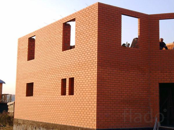 Каменщики в Пензе. Кладка стен. Строим дома.