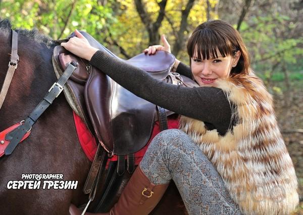 подарочные сертификаты на конную прогулку, фотосессия с лошадьми