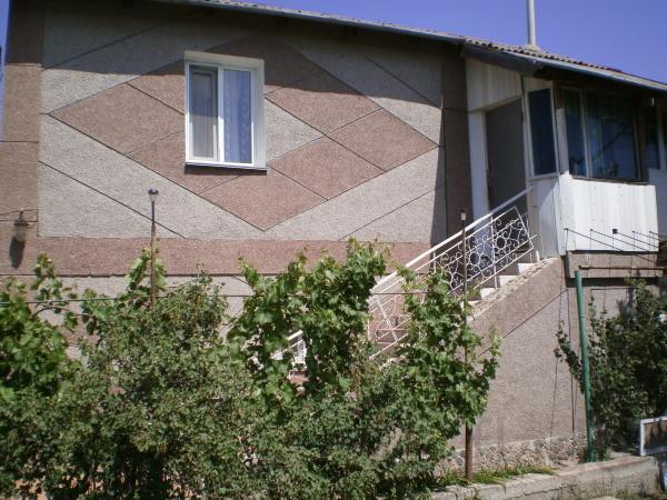 Дача 200 м² на участке 10 сот.