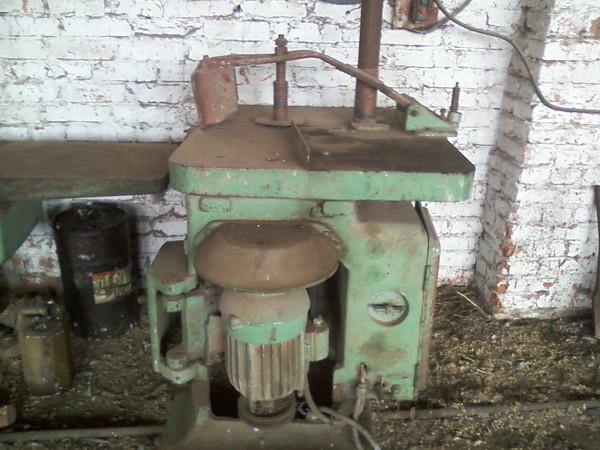 Фрезерный деревообрабатывающий станок ФШ-4