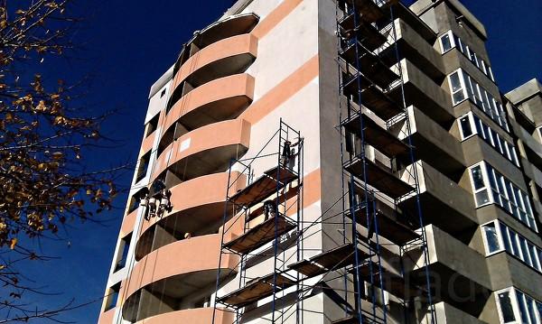 Утепление фасадов, с помощью промышленных альпинистов