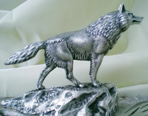 "Скульптура из металла""Волк"""