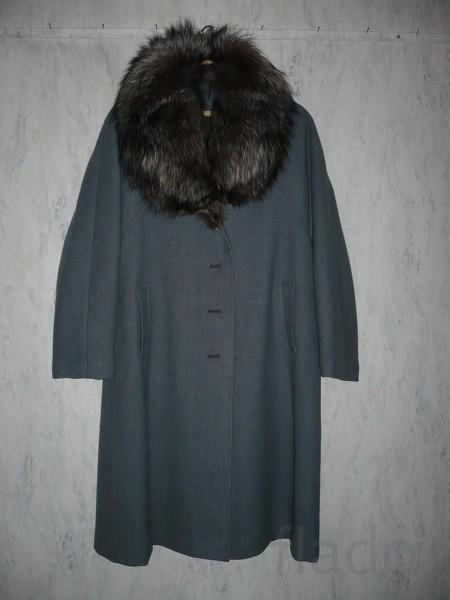Пальто на женщину