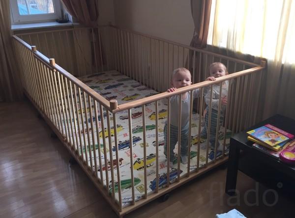 Купить манеж для ребенка большого размера 1,3х2,6м с калиткой