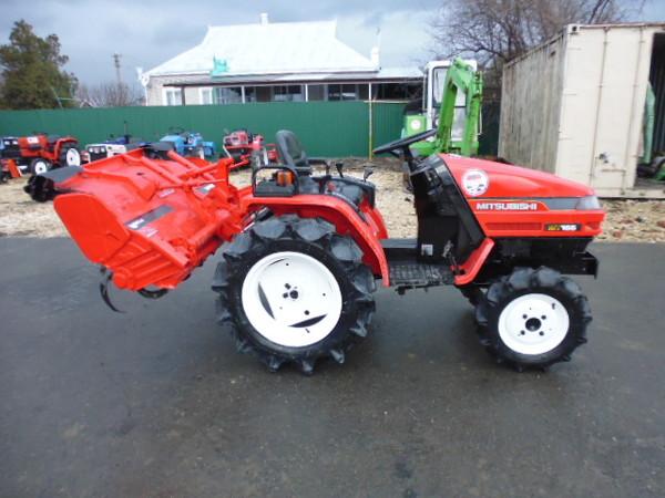 Мини трактор MITSUBISHI MT155D