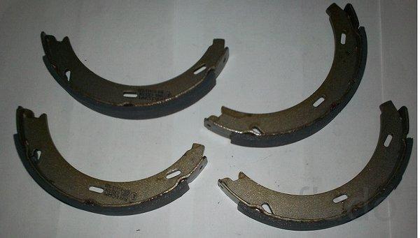 Колодки барабанного тормоза Mercedes C-Class, CLK, SLK