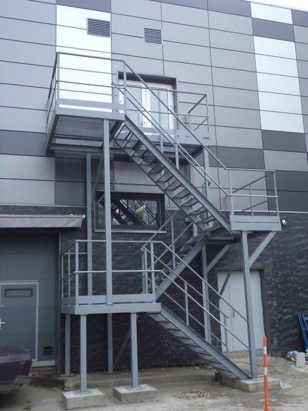 Ипытания пожарных лестниц, ограждений, перил