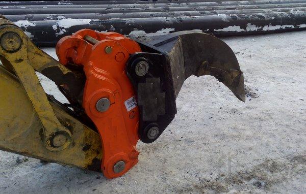 Рыхлитель для экскаватора Hyundai R290, R300