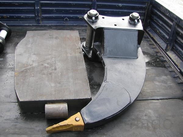 Рыхлитель, квик-каплер, быстросъем на мини экскаватор