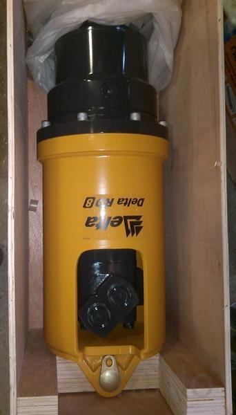 Гидробур на Cat 428e 432e для бурения отверстий и завинчивание свай