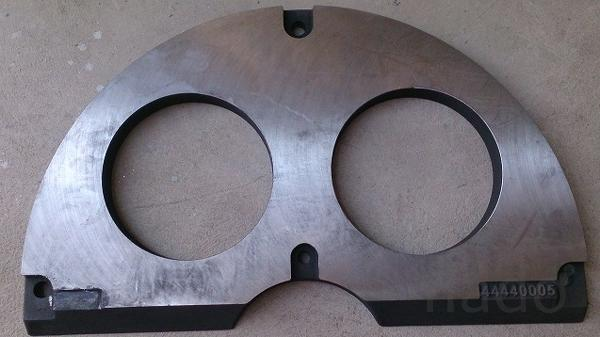 Плита истирания бетононасоса Sermac