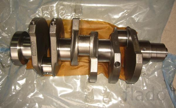 Коленвал двигателя Deutz 2011
