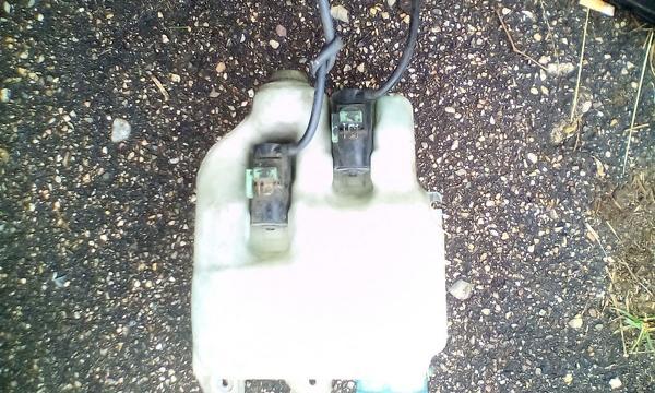 Бачок омывателя ew-5t на Subaru Legacy