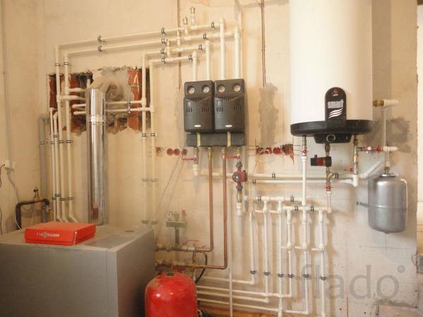 Проводим водопровод и канализации  в частные дома.