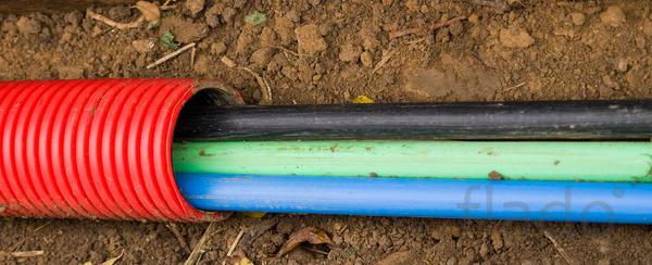 Кабельные работы прoкладка кабеля в землю/