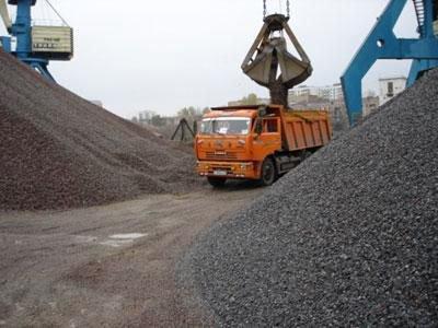 Доставка песка , щебня , бута, керамзита в день заказа по Рязани .