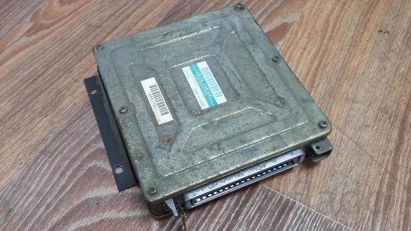 89200635152 Блок управления двигателем Рено Премиум 5010271166, 175800