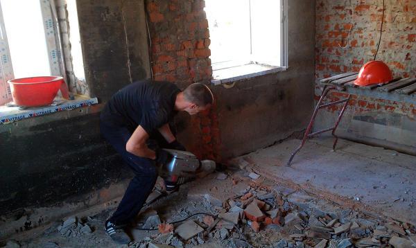 Демонтажные работы. Вывоз строительного мусора. Подготовка к ремонту