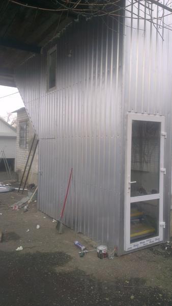 Бытовки, гаражи, ангары на металлическом каркасе