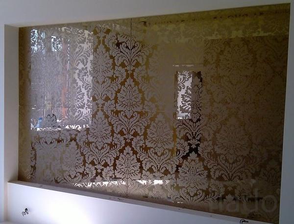 Зеркала на заказ в Ижевске. Матовый рисунок на зеркале. Пескоструйка.