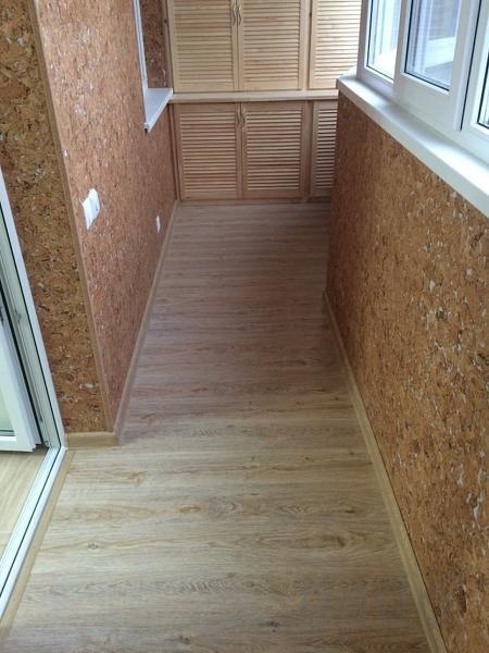 отделка балконов ламинатом