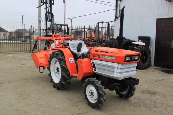 Японский мини трактор Kubota B1600