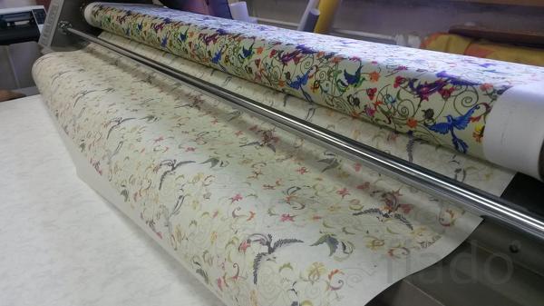 Печать на ткани рисунка на заказ, широкоформатная.