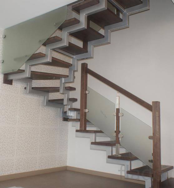 Лестницы. Изготовление лестниц в Казани