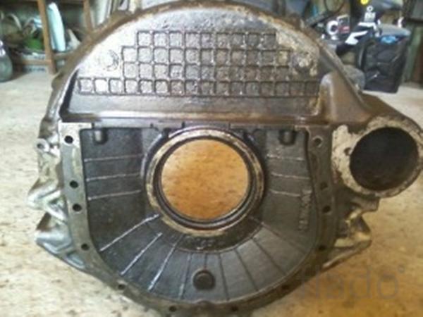 Картер маховика двигателя ямз-236.