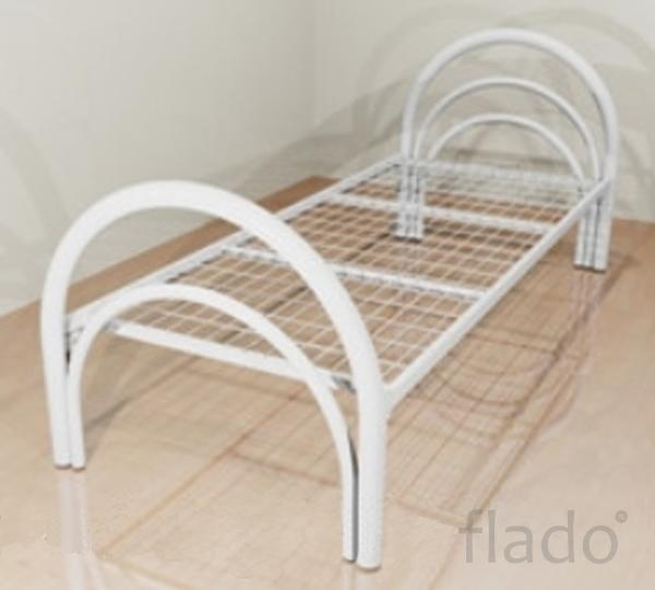 Деревянные кровати, Кровати металлические с деревянными спинками.