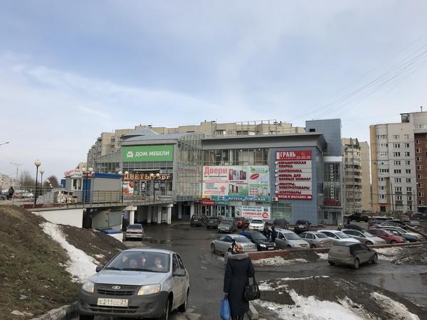 Торговая площадь 368 м2, раскрученная точка под стройматериал, ТЦ «Диа