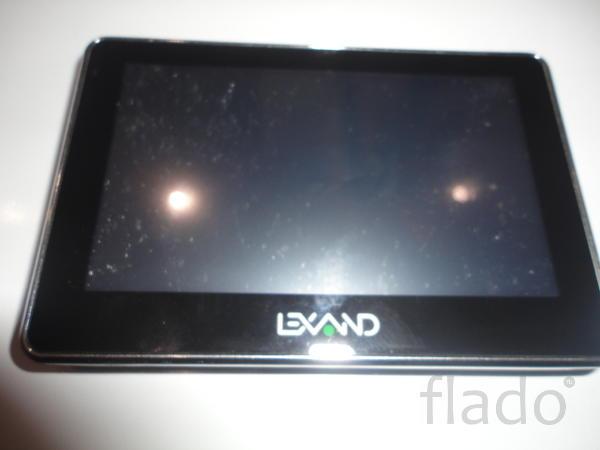 Навигатор LEXAND  ST-5300 на запчасти или восстановление.