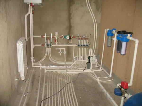 Водопровод  и  канализация монтаж в частных домах .Чебоксары