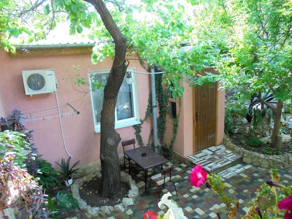 Дом 37 м² на участке 3 сот.