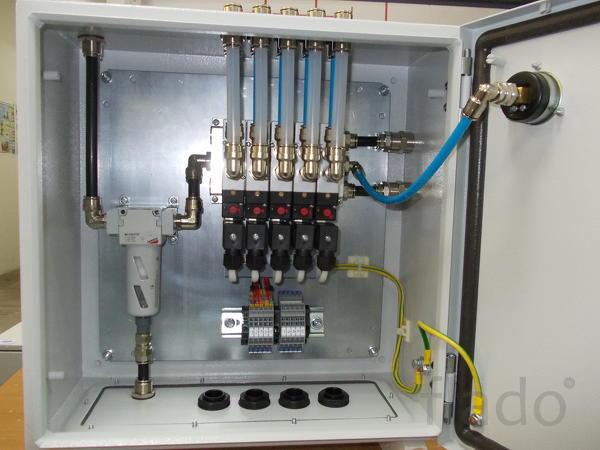 Шкаф управления пневматическим оборудованием