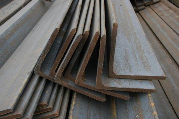 Уголок стальной 80х80х6