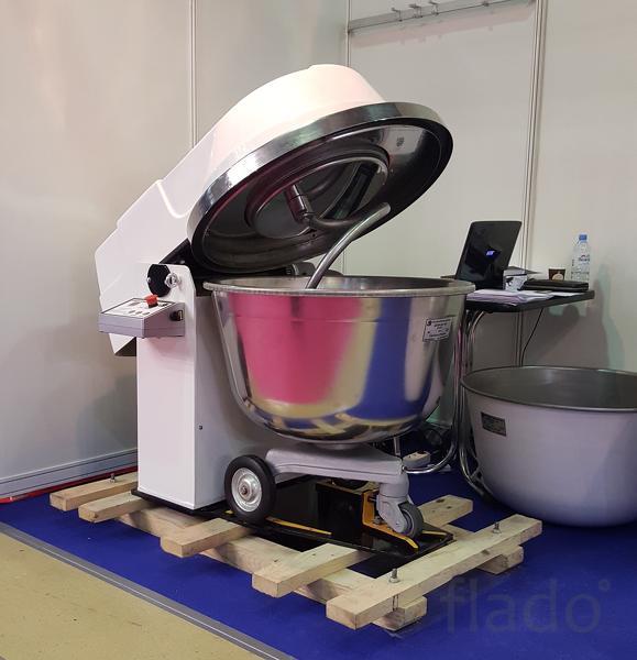 Тестомесильная машина ТМ-140М1 без дежи.