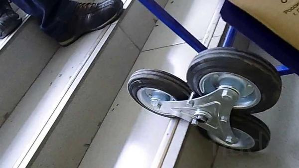 Тележка для подъема грузов по лестнице (шагающая)