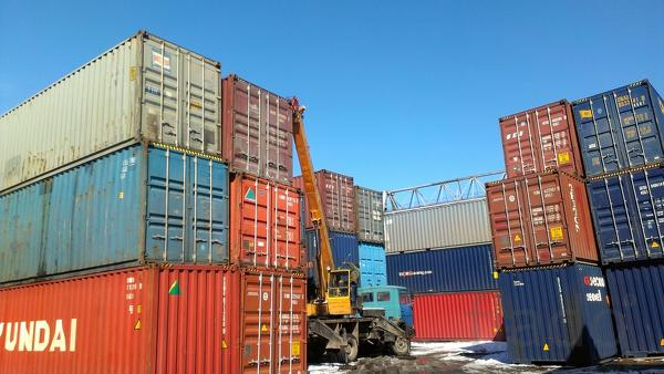 Реализуем 20 и 40  фут. контейнеры.