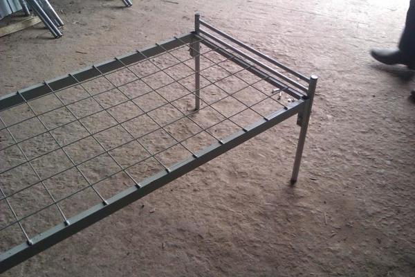 Производим и доставляем кровати металлические армейского образца