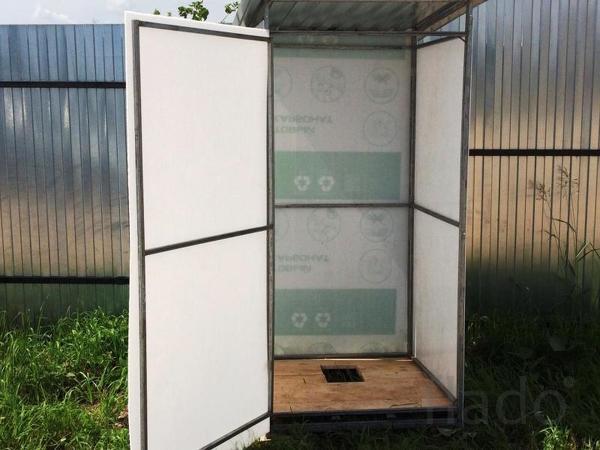 Продаем уличные туалеты