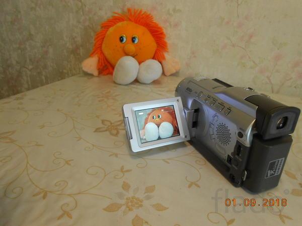 Продаю видеокамеру Samsung VP-D20i