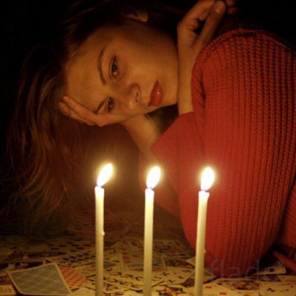 приворотный заговор в домашних условиях на парня на свечу