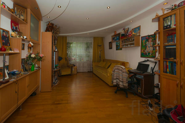 3-к квартира, 108 м², 1/10 эт.