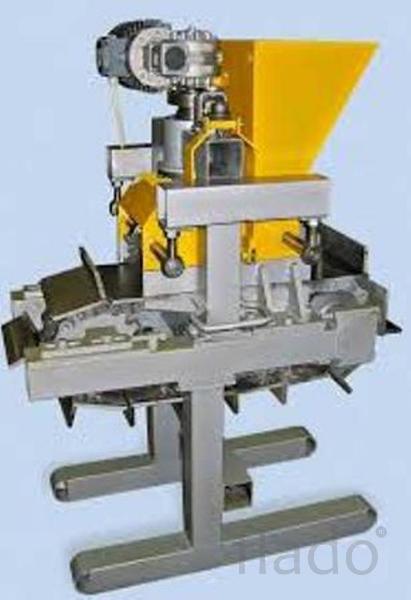 Машина для производства кирпича РК-мини 01