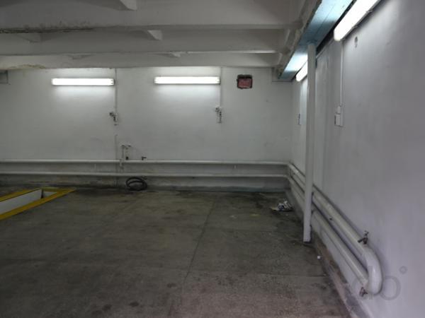 Машиноместо, 10 м²