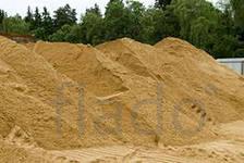 щебень, песок, керамзит, шлак, глина.