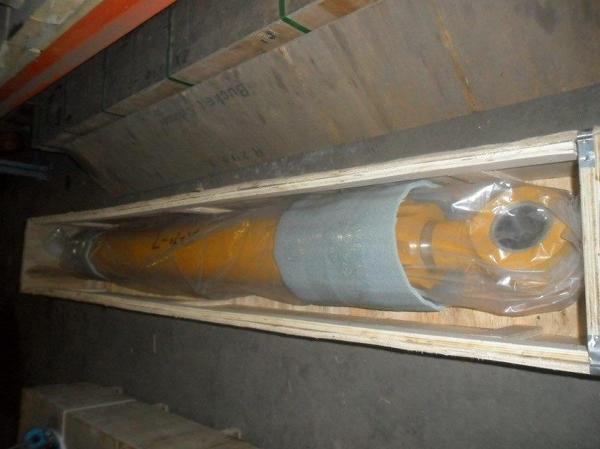Гидроцилиндр ковша 31N8-60110 R-290LC-7
