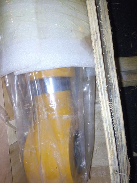 Гидроцилиндр ковша 31Q9-60110 R-330LC-7
