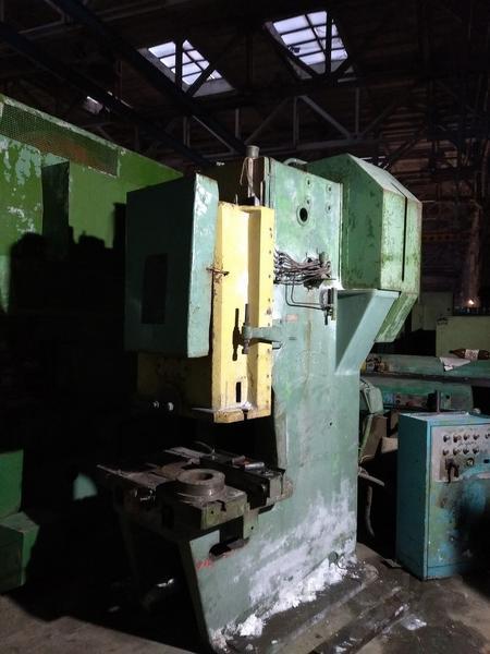 Прессы LEXN-100, EPU-100, КД2330